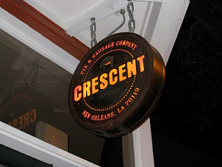 crescent pie logo